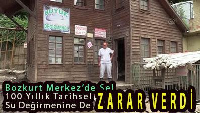<center> Bozkurt Merkez'de Sel </center><center><font color='blue'>100 Yıllık Tarihsel Su Değirmenine De ZARAR VERDİ </font></center>